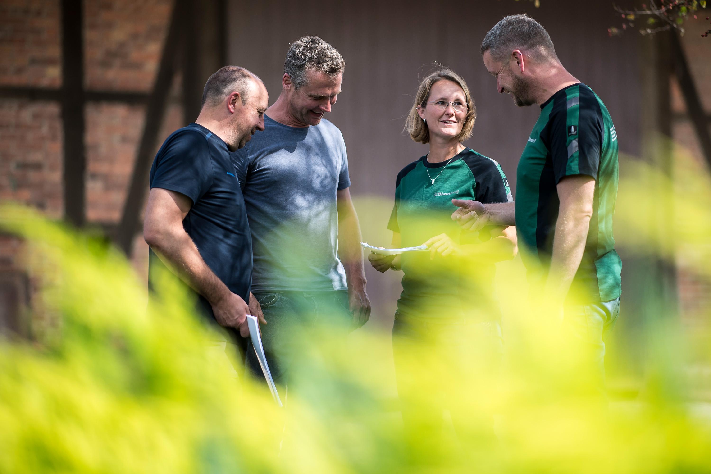 Mitarbeiter der RVG für ein Werbefotoshooting durchgeführt von der Werbeagentur Medien Formen Werte aus Münster