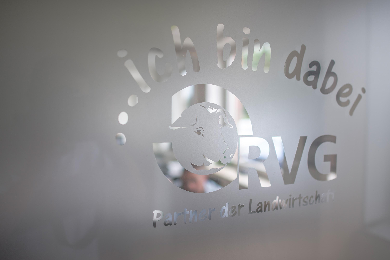 RVG Partner der Landwirtschaft bei einem Werbefotoshooting durchgeführt von der Werbeagentur Medien Formen Werte aus Münster