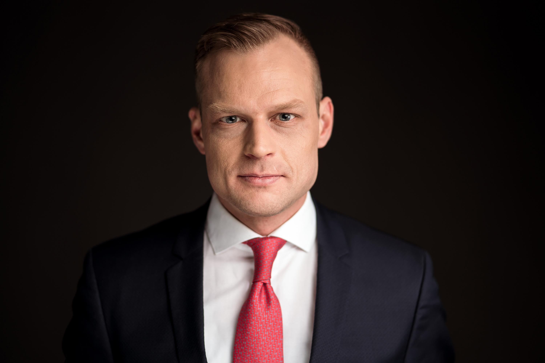 Bewerbungsfotos und Geschäftsführerportraits durch geführt von der Werbeagentur Medien Formen Werte aus Münster