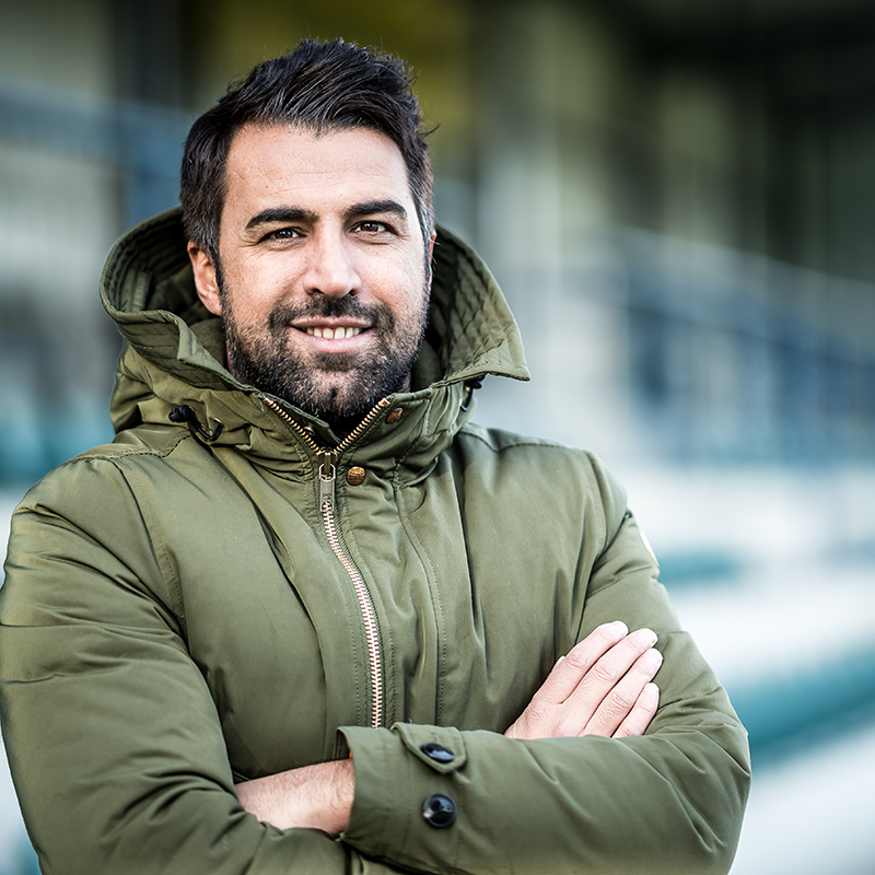 Lottes Trainer Ismail Atalan. Das Werbeshooting wurde von der Werbeagentur Medien Formen Werte aus Münster durchgeführt.